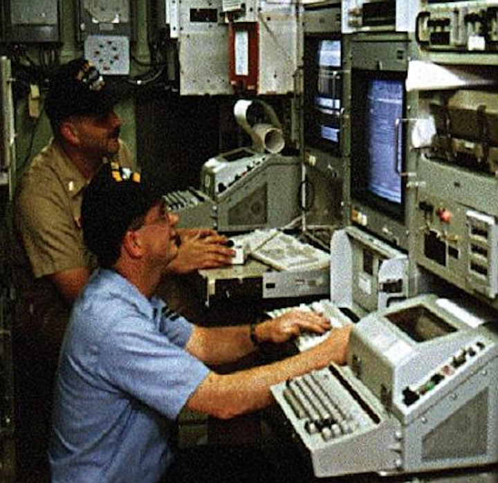 Navy asks industry to upgrade integrated submarine communications system software