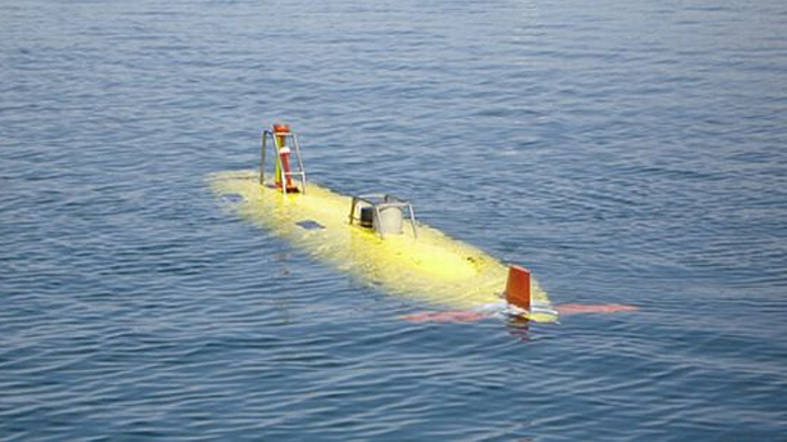 Navy researchers consider arming future large unmanned submersible with anti-submarine weaponry