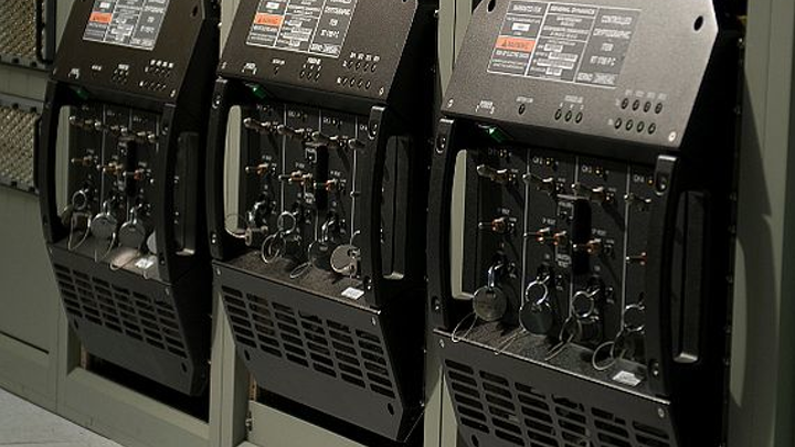 Navy orders shipboard radios from General Dynamics for surface warships and submarines