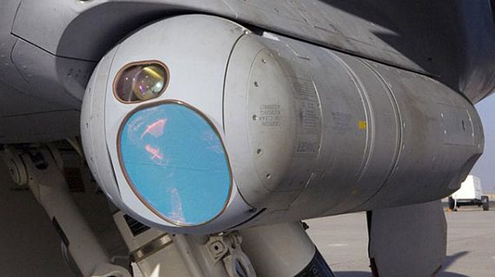 Navy asks Raytheon to upgrade infrared targeting systems aboard carrier-based F/A-18 jets
