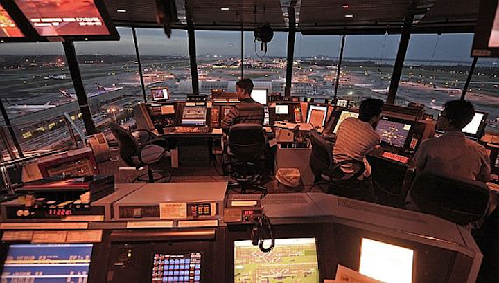 U.S. air traffic control computers vulnerable to hackers and other cyber security threats, GAO says