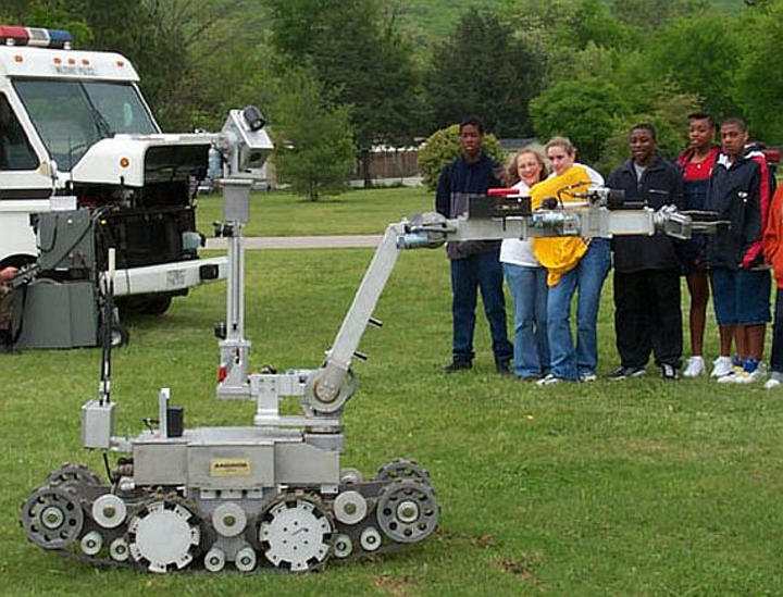 Northrop Grumman nets potential half-billion-dollar contract to build open-systems ground robots