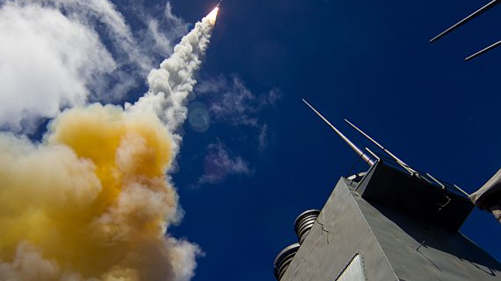 Raytheon to build RIM-174 SM-6 shipboard air-defense missiles in $270.5 million contract