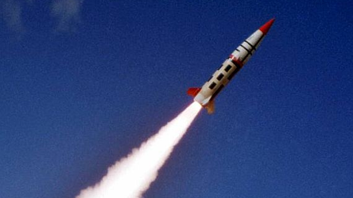 Raytheon to help Army develop new long-range artillery rocket for battlefield fire-support