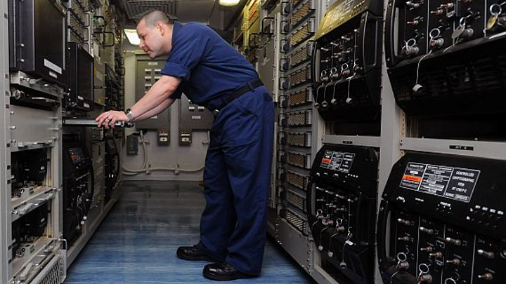General Dynamics upgrading Navy shipboard radio with long-range HF automatic link establishment (ALE)