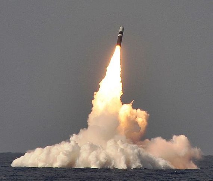 Navy asks Lockheed Martin to build more Trident II D5