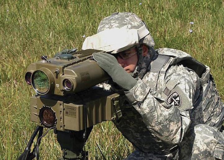 1711maeeow Laser