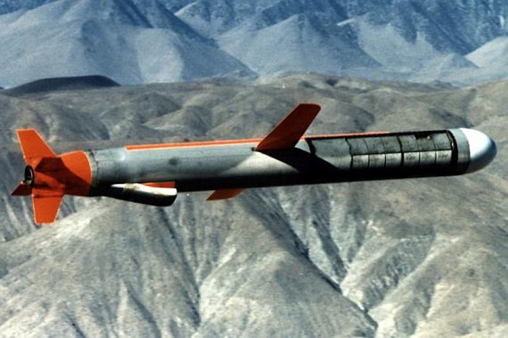 Navy asks Raytheon to build 196 new Tomahawk long-range