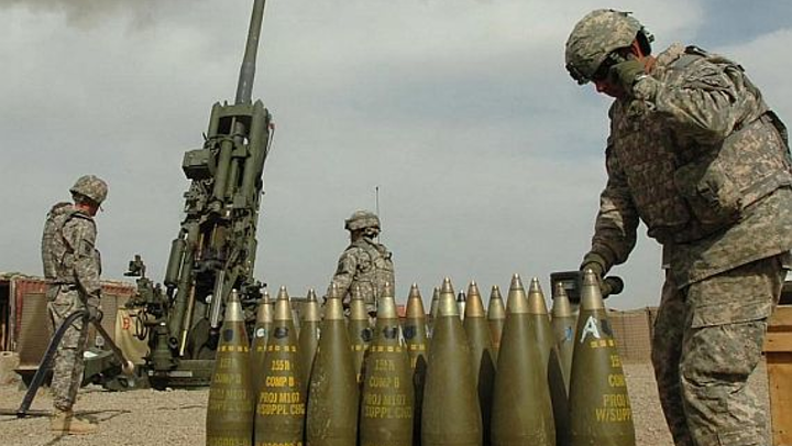 Army makes big order for Excalibur satellite-guided smart munitions artillery rounds