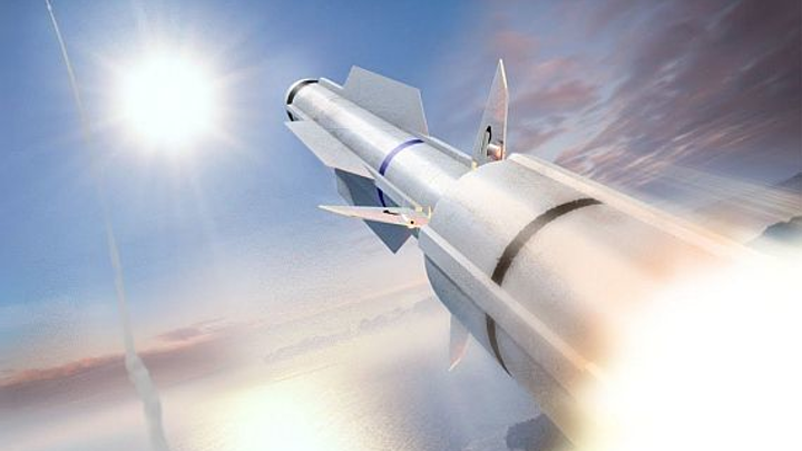 Raytheon to build RIM-174 air-defense missiles to protect shipboard forces from planes and missiles
