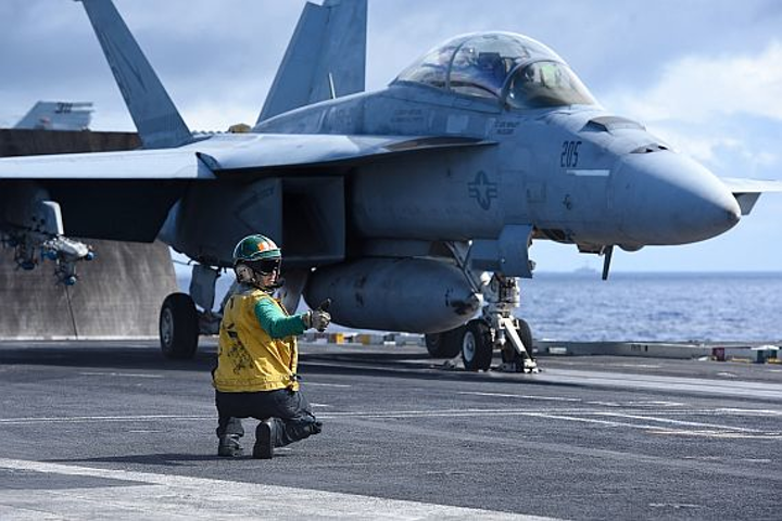 Boeing to upgrade electro-optical infrared search and track (IRST) systems for Navy jet fighter aircraft