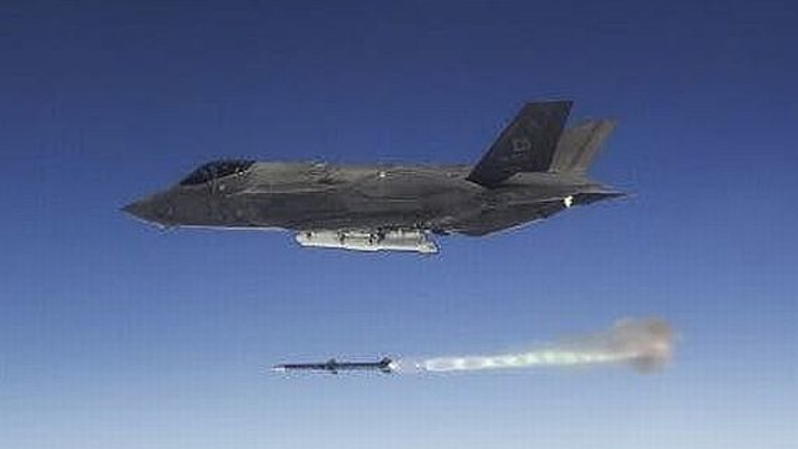 F-35 air-to-air missiles can now hit two unmanned aircraft at once -- changing air combat