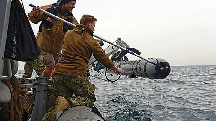 Navy asks Hydroid to build extra versions of MK 18 mine-hunting UUV for underwater reconnaissance