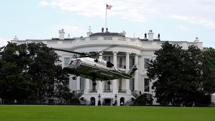 A Sikorsky VH-92 helicopter lands in front of the White House during tests in September 2018.