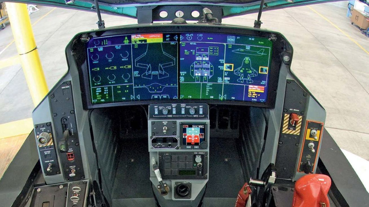 Aircraft Cockpit F 35 17 July 2019